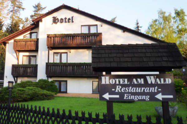 Meister BÄR HOTEL am Wald